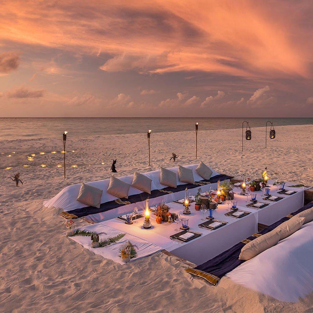 Dream Island Dinner Hurawalhi Maldives
